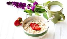 Cup Flower Stock Photos - Royalty Free Stock Images - Page 3 Muesli, Pu Erh, Breakfast Desayunos, Acai Bowl, Oatmeal, Ethnic Recipes, Health, Desserts, Food