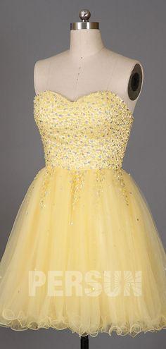 Robe de bal jaune poussin courte bustier coeur paesemé de cristaux Tulle, Glamour, Bustier, Sexy, Formal Dresses, Fashion, Bun Hair, Yellow Tutu, Yellow Homecoming Dresses