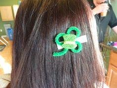 pipe cleaner shamrock with hat
