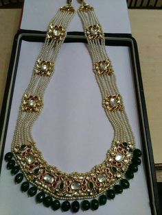 Indian Jewelry - Stylish Jewelry for that Indian Bride ** Check this useful article by going to the link at the image. Royal Jewelry, India Jewelry, Beaded Jewelry, Silver Jewelry, Silver Rings, Indian Jewellery Design, Jewelry Design, Indian Wedding Jewelry, Bridal Jewellery