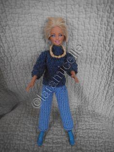 bien sûr il fallait un gros pull à barbie pour aller avec son pantacourt