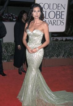The Best Golden Globes Dresses of All Time: Glamour.com