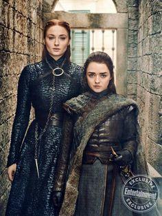 Gorgeous Game of Thrones portraits from season 8 - Sansa Stark (Sophie Turner) and Arya Stark (Maisie Williams) Dessin Game Of Thrones, Arte Game Of Thrones, Game Of Thrones Cast, Entertainment Weekly, Arya Stark, Will Turner, Cersei Lannister, Daenerys Targaryen, Khaleesi