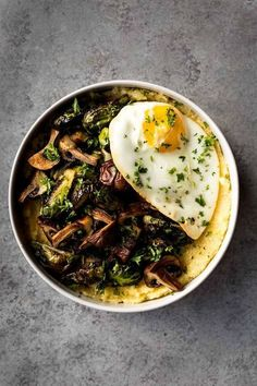 Polenta Bowls with Roasted Brussels Sprouts & Mushrooms - Easy, tasty and filling to boot. I love a good polenta bowl and this simple meal is a great winter dish. Healthy Bowl, Healthy Eating, Roasted Mushrooms, Stuffed Mushrooms, Vegetarian Recipes, Cooking Recipes, Healthy Recipes, Brunch Recipes, Dinner Recipes