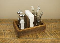Rustic Napkin Holder and Condiment Caddy от HomesteadTraditions