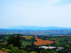 Treia, Marche, Italy- country by Gianni Del Bufalo  (CC BY-NC-SA 2.0)