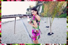 Lipstick,dress and beachy hair