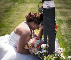 Bride shares moment with dad before wedding, tugs at the heart. Wedding Bells, Wedding Ceremony, Our Wedding, Dream Wedding, Wedding Stuff, Renewal Wedding, Sister Wedding, Trendy Wedding, Perfect Wedding