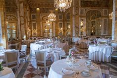 Lands on the prime location on the place de la Concorde. The ambience of the restaurant is truly palatial and magnificent, 25 feet high ceiling, Italian marble, Baccarat crystal chandeliers and mirrored walls.
