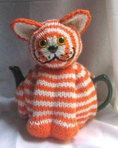 Cat Tea Cosy - KNITTING PATTERN - downloadable file