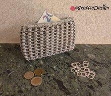 Portemonnee met bliklipjes zilver/ Pop tab wallet Silver   Etsy Pop Tabs, Handmade Wallets, This Or That Questions, Gifts, Instagram, Presents, Favors, Gift, Pop Can Tabs