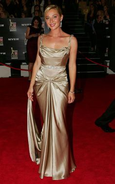 Asher Keddie in Gwedolynne Fashion Details, Love Fashion, Womens Fashion, Corporate Chic, Boho Look, Timeless Beauty, That's Entertainment, Gowns, Formal Dresses