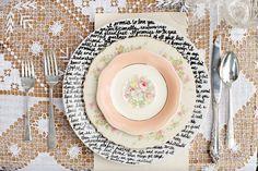 Tutorial: Platos decorados con frases | Love Chocolate and Weddings