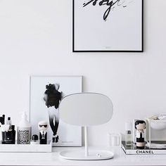 Stepping out for a spot of shopping with these fashion icons x  Shop Coco and Karl at bydesignco.com.au    Photo cred: Nordicday.blogspot.com  @giftsetter   #sketchinc #luciekaas #kokeshi #kokeshidolls #fashionicon #karl #coco #chanel #homedecor #decorhome #interiors #deskaccessories #quirkygift #blackandwhite #monochromelovers #monochromestyle #deskinspo #styleicon #styleaddict