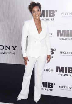 Vivica Fox All White Louis Vutton Pants Suit Business Attire, Business Women, Fox Actress, Terrence J, White Louis Vuitton, Vivica Fox, All White Party, White Suits, Costume