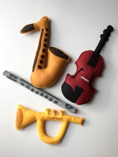 ******PLEASE NOTE: All orders needed by the Christmas holiday must be placed by Dec. 1st. Because my items are made to order, processing times may vary during the holiday rush. Please be sure to check my shop page for updates! ******* This handmade bag of plush play instruments will have your little one grooving along to all your favorite tunes. Perfect for trips to the orchestra, church, or even those long rides in the car. And the best thing about them: they can be as loud or quiet as…