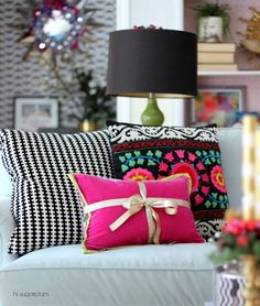 Hi Sugarplum | Colorful Christmas decor