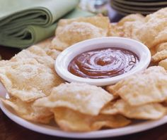 Cheese And Apple Crispy Ravioli Apple Recipes, Fall Recipes, Whole Food Recipes, Parmesan, Phyllo Dough Recipes, Prosciutto Asparagus, Gourmet Appetizers, Empanadas Recipe, Ravioli Recipe