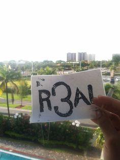MIAMI ART SCENE. Got a whole day of slaps and kickin it w honeyz ahead. LETS GET IT. #R3AL #R3ALFAM #R3ALMONSTER #R3ALTALK #PROFETEiNKKEY  #inKKey #ink #key #R3ALGROUPART #R3ALARTISTGROUP  #HONOR #PROSPERITY #RESPECT #LIVE #LIFE #CREATORS #INNOVATION #CREATION #ARTISAN #ART #DEDICATED #DETAIL #MUSIC #FILM #MEDIA  #DANCE #GROWTH #ARTIST #NYC #HOME