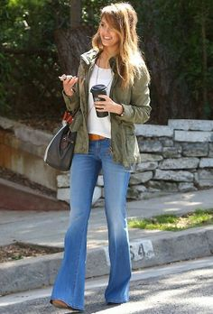 Seen on Celebrity Style Guide: Jessica Alba wears Level 99 Dahlia Flare Fit Jeans at the Santa Monica April 2013 Mode Outfits, Fall Outfits, Casual Outfits, Jean Outfits, Fashion Moda, Look Fashion, Womens Fashion, Gq Fashion, Nail Fashion