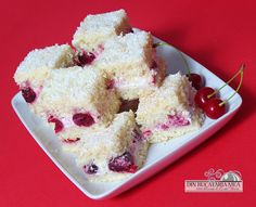 Fluffy cake with cherries