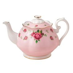 Royal Albert New Country Roses 1.32-qt. Formal Vintage Teapot