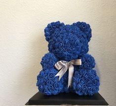 Синий мишка из роз 25см. Артикул:М3. Цена 1998 #мишкаизроз#Подарочек#giftpalette Bf Gifts, Craft Gifts, Cute Gifts, Candy Flowers, Felt Flowers, Quinceanera Decorations, Birthday Decorations, Red Teddy Bear, Foam Roses