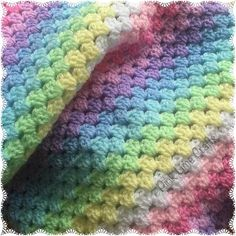 After all the mandala making over the last couple days it's time to go back to the granny stripes  #crochet #grannystripe #stylecraft #babyblanket #pastel #whatsonmyhook #instacrochet #crochetuk by pinklimecrafts