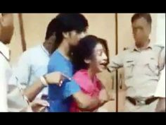 Viral Video Drunk Teenage girl creates ruckus on road in Kanpur | Latest News | Stay updated for Latest News Video, Live Updates, Latest india news live today 2016, National News India 2016,  Today News, India News, Latest News, News in Hindi English, Bollywood 2016, Politics, Entertainment...
