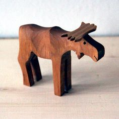Hand crafted moose. Made by Mats Olsson.