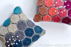 Modern handcraft Hexie Pincushion / A Tutorial