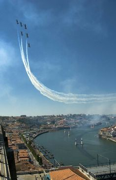 Breitling Jet Team exibition during Red Bull Air Race in Porto, Portugal. Travel Around The World, Around The Worlds, Porto City, Douro, Visit Portugal, 2017 Photos, Life Is An Adventure, Best Cities, Places To Visit