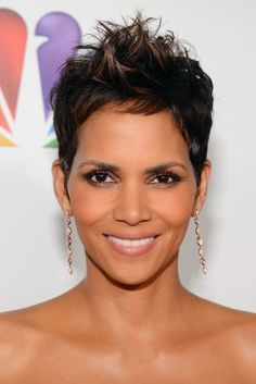Top 10: Hairstyles of the Week 2-08-2013 | Essence.com