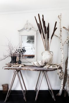 This country styling idea will transform your home into a rustic farmhouse in no time Decor, House Design, Cottage, Dream Decor, Country Decor, Holiday Cottage, Rustic Farmhouse, Vintage Chairs, Home Buying