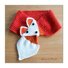 Kinderschal Polarfuchs / Fuchs in 3 Variationen & gratis Strickanleitung Baby Hats Knitting, Knitting For Kids, Free Knitting, Knitting Patterns, Crochet Patterns, Baby Poncho, Knitted Poncho, Knitted Hats, Crochet Baby