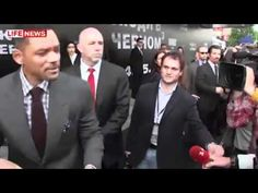 Will Smith Smacks A Guy Reporter In The Face For Trying To Kiss Him In The Mouth At MIB3 Red Carpet!