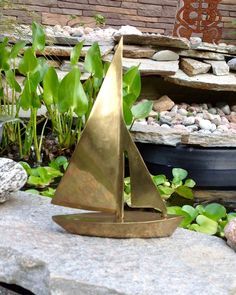 FREE SHIPPING-Vintage Heavy Solid Brass Sailboat-Nautical Decor-Coastal Decor-Tropical-Lakehouse Decor-Beachy-Sailing-Mancave-Office Decor