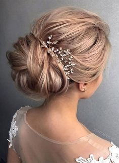 Awesome 64 Romantic Wedding Hairstyles Ideas Every Women Will Love. More at https://trendfashionist.com/2018/02/16/64-romantic-wedding-hairstyles-ideas-every-women-will-love/ #weddinghairstyles