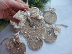 DIY Video: a Christmas Decoration of Twine – Livemaster Homemade Christmas Decorations, Christmas Ornament Crafts, Christmas Projects, Christmas Tree Decorations, Holiday Crafts, Rustic Christmas, Handmade Christmas, Christmas Diy, Christmas Mantles