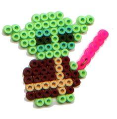 Eine perfekte Idee für Bügelperlen zu Deiner Starwars-Kinderparty. Das können die kleinen Kinderfinger wunderschön nachbasteln. Bügelperlen basteln eignet sich hervorragend als Spiel und Kinderbeschäftigung für Deinen Kindergeburtstag.  Weitere schöne Ideen für Essen, Deko, Spiele und Give-aways für Deine Kindergeburtstagsparty findest Du auf blog.balloonas.com    #kindergeburtstag #balloonas #party #spiel #bügelperlen #diy #starwars #yoda