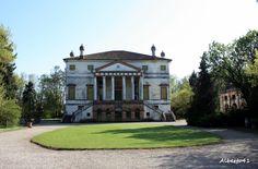 Villa Grimani-Molin,già Bragadin-Mischiatti ora Avezzù Pignatelli
