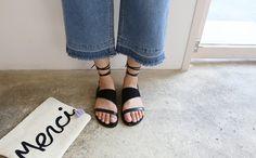 ブラウンレザーレースアップサンダル -  [Daily about:デイリーアバウト]韓国人気レディースファッション通販! お手ごろなオリジナルアイテムが盛りたくさん!!