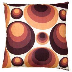 Retro cushions | Decorative cushions | Home accessories | image | Housetohome