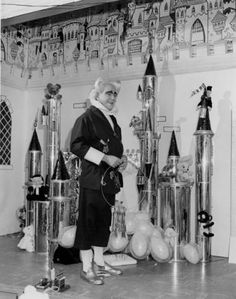 Mr. Jingeling (Earl Keyes) :: Cleveland Press Collection // Halles Department store