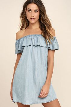 All it takes to win our hearts is an appearance in the Standout Style Light Blue Chambray Off-the-Shoulder Dress! A feminine ruffle lays below an elastic, off-the-shoulder neckline. Chambray shift silhouette ends in a gently rounded hem.