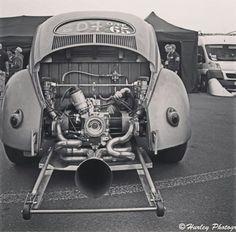 Vw Cars, Drag Cars, Volkswagen, Hot Vw, Car Engine, Race Day, Vw Beetles, Drag Racing, Bugs