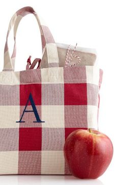Teacher tote: the perfect 'back-to-school' gift for teachers!