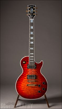 Gibson Les Paul Custom in Firemist Quilt Ltd