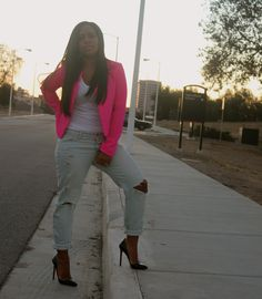 hot pink blazer for fall to add color to your cold days