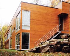 Contemporary forest house in the Laurentian Mountains, Quebec